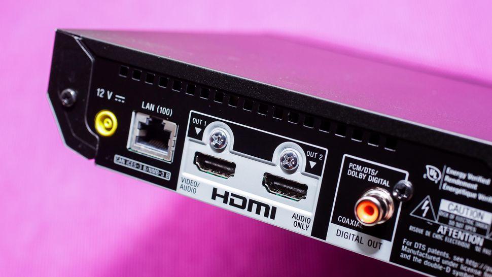 Sony UBP-X700 ports